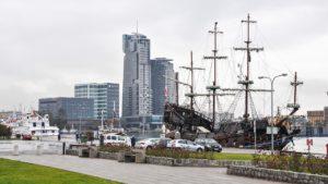 Gdynia - sea towers - Wypożyczalnia samochodów